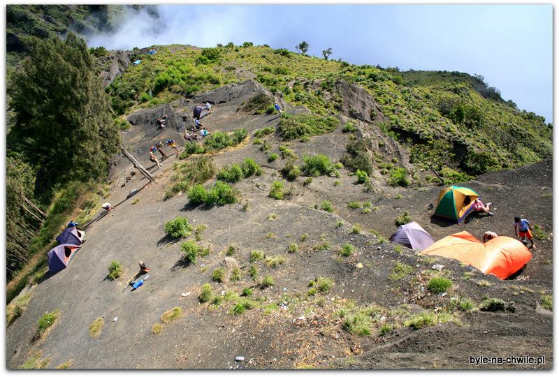 Miejsce obozu noclegowego nawys. 2600 m. n.p.m