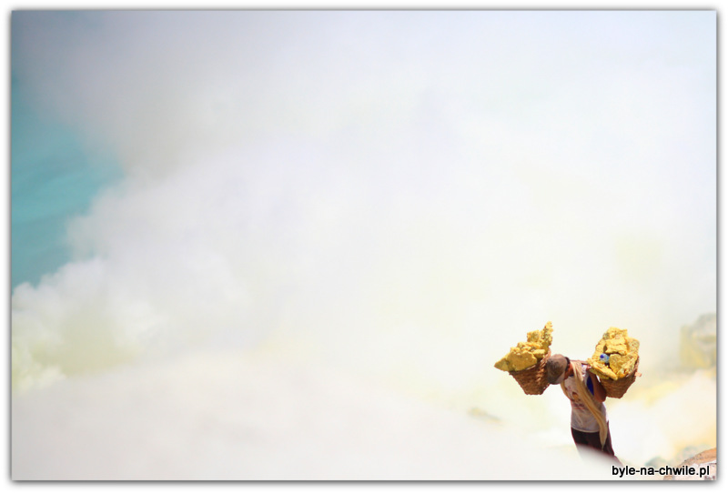 W górę apotem wdół, Kawah Ijen
