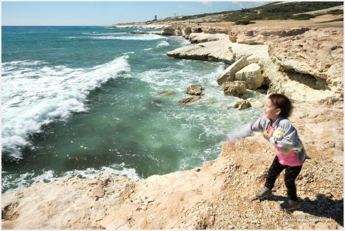 White cliffs cypr