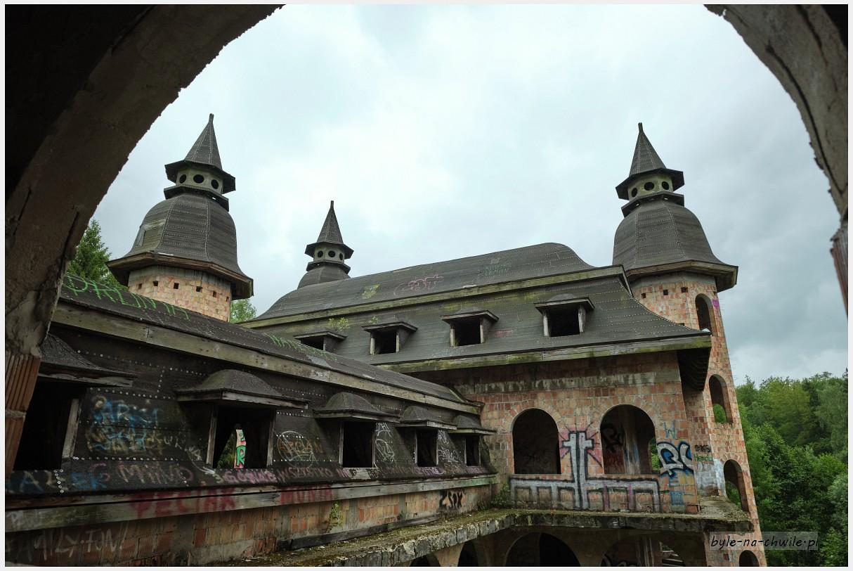 zamek wŁapalicach